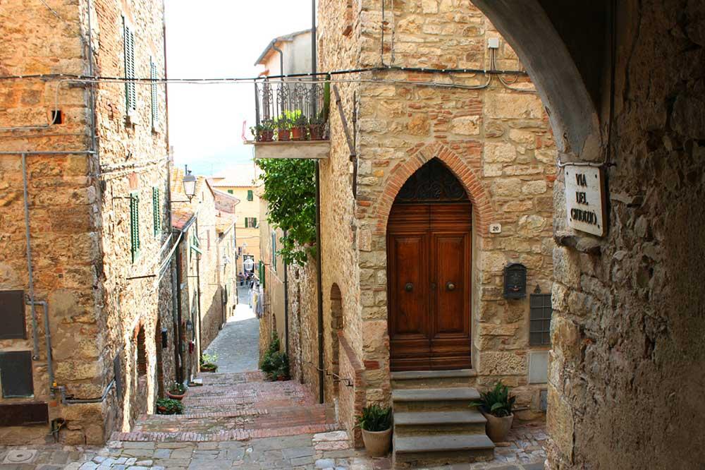 dintorni borgo villa denise